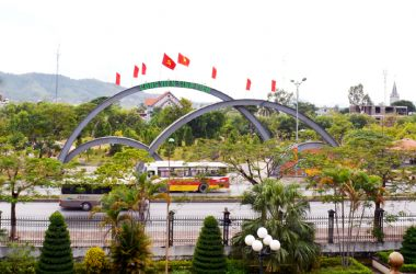 Uong Bi – Quang Ninh is starting to construct the Thanh Nien Park