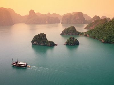 Top Reasons To Fall In Love With Ha Long Bay