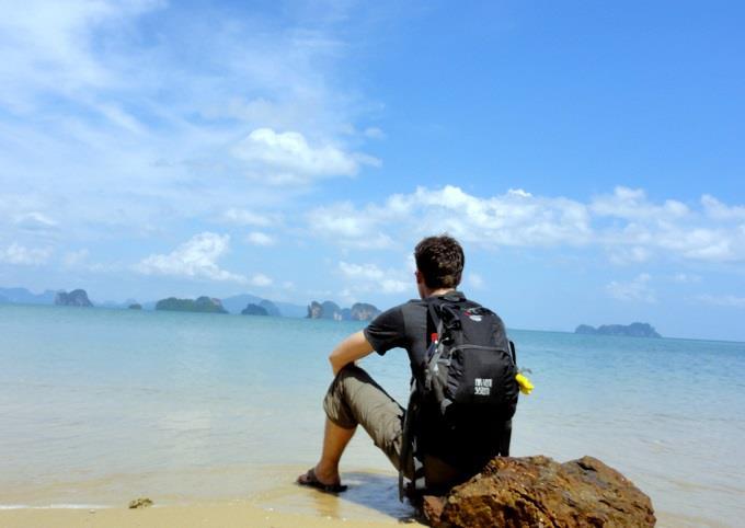 Bạn có thích hợp đi du lịch Hạ Long một mình?5