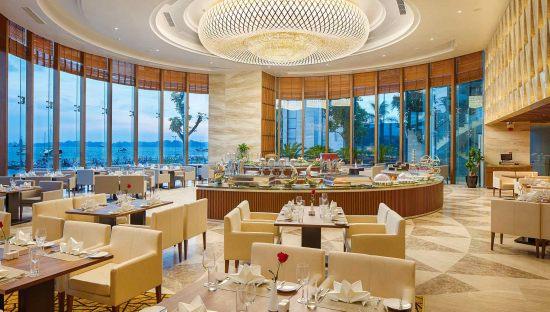 Đồ ăn ở khách sạn Hạ Long Wyndham Legend Halong có ngon không?2
