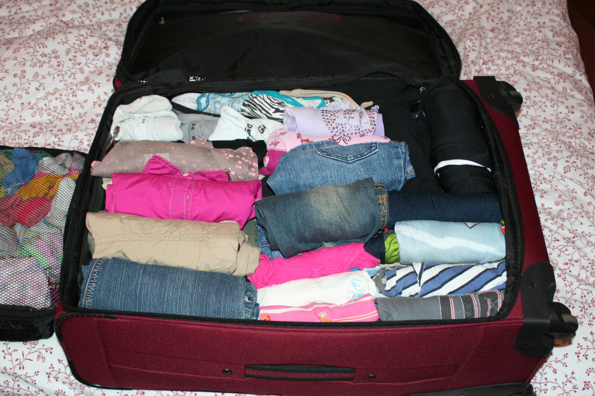 Hướng dẫn bạn cách sắp và lựa chọn hành lý khi đi du lịch Hạ Long4