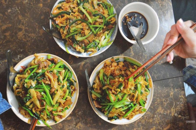 Stir-fried Pho - a worthy speciality of Binh Lieu