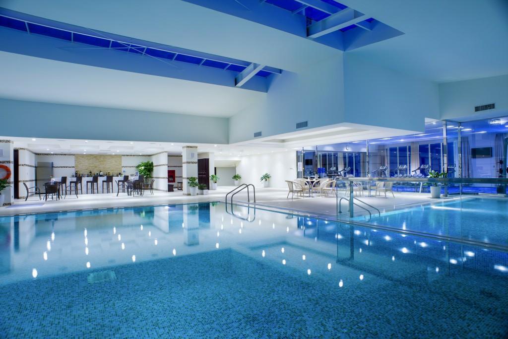 Khách sạn tại Bãi Cháy có bể bơi 5 sao Hoàng Gia Hạ Long