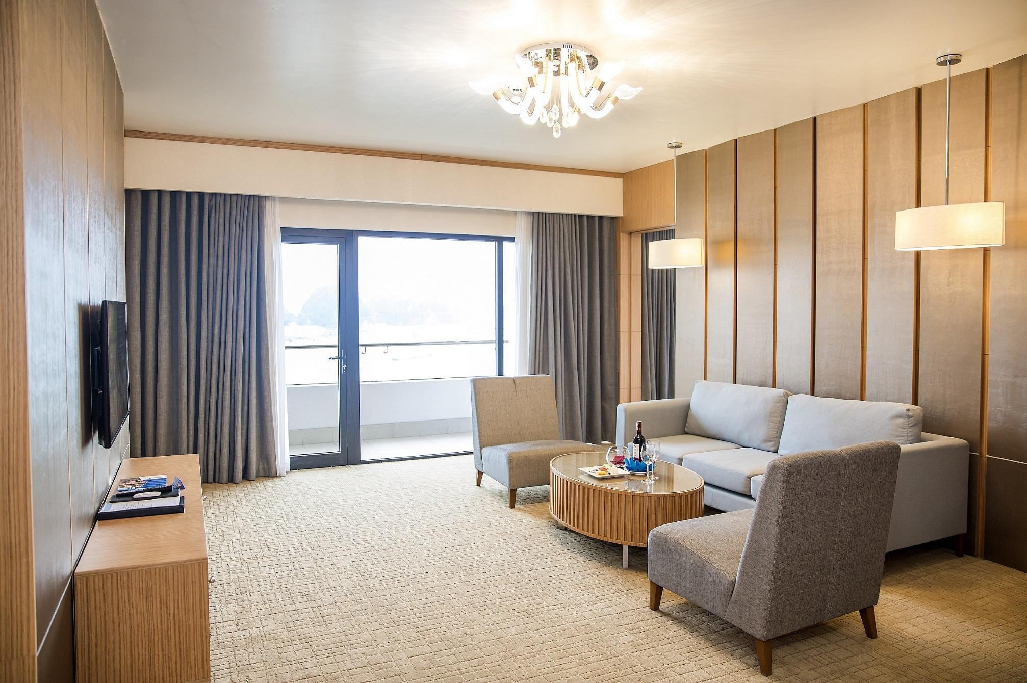 Wyndham Legend Halong - Khách sạn top 1 Bãi Cháy