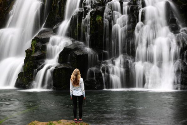 Tại sao bạn nên đi du lịch khi còn trẻ