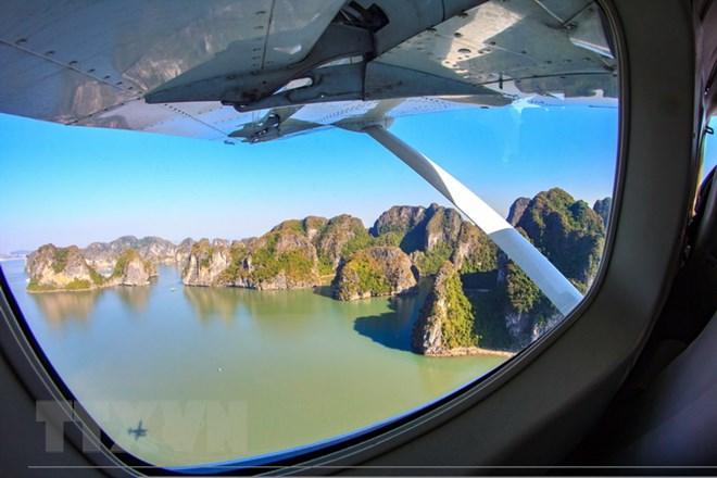 TỔNG HỢP 3 cách ngắm nhìn Hạ Long trên thủy phi cơ2