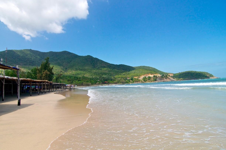 Check – in những bãi biển đẹp không nên bỏ qua khi đến Quảng Ninh2